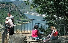 Toller Blick vom Loreley-Plateau mit Welterbe-Museum